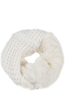 Женские шарфы на Дубровке ряд 8, пав. 220 Image